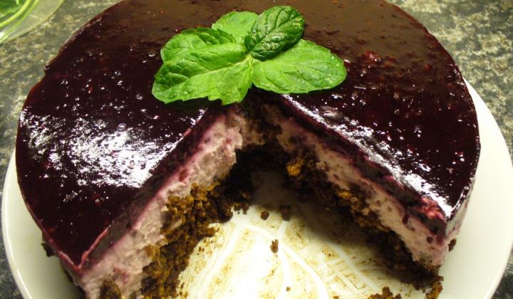 Jak připravit nepečený ostružinový dort | recept